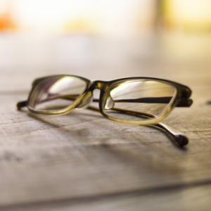 【経験談】遠近両用眼鏡(近視と老眼)の使い心地について