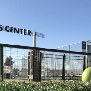 テニスコート / der Tennisplatz / tennis court