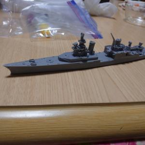 米重巡洋艦インディアナポリスをつくる 上部構造物の組み立て