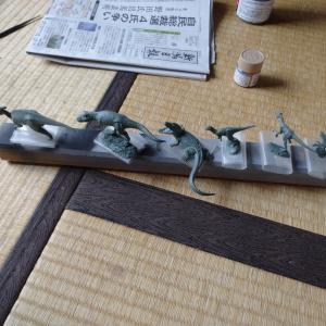 【本日2記事目】タミヤ   小型恐竜セットを塗装してみた
