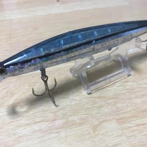 黒ぷーガーラ狙い用ルアーサイズの変化と3連フックについて。
