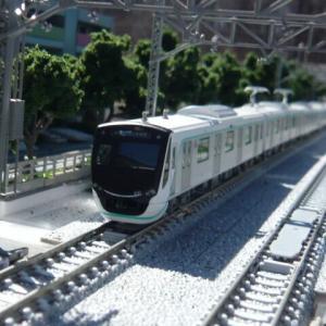 新・野玉駅とマンションのある風景 この6(東急2020系)