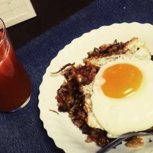 納豆高菜炒飯と初ハードロックカフェ、妹の手料理