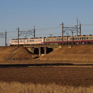 東武日光線 6050系リバイバル色