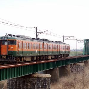 越後線 信濃川分水橋梁115系