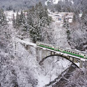 只見線 冬の大谷川橋梁