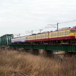 越後線 信濃川分水橋梁の旧新潟色