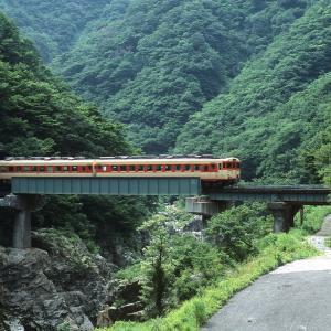 米坂線 なつかしの列車(207)第5荒川橋梁