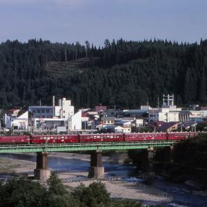奥羽本線 なつかしの列車(217)小国川橋梁