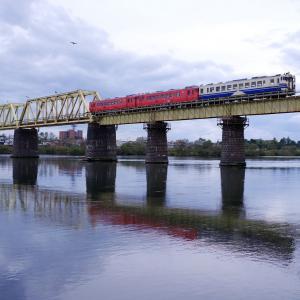 五能線 米代川橋梁の3連
