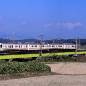 東北本線 なつかしの列車(225)蒲須坂(荒川橋梁)107系