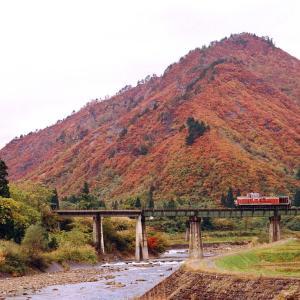 只見線 なつかし列車(232)蒲生川橋梁のDE10