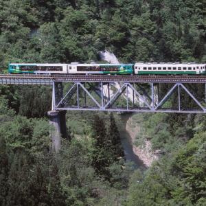 只見線 なつかしの列車(246)滝谷川橋梁の風っこ