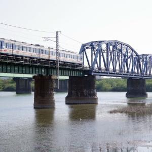 羽越線 阿賀野川橋梁の40系