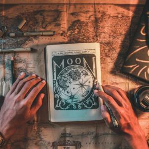黒魔術と白魔術の違いは?相手を不幸にするのか自分が幸せになるのか