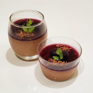 【男の手料理】パンナコッタ(Chocolate & Blueberry)。