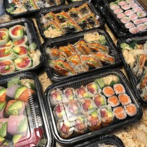 日本人が絶賛、外国人オーナーの創作寿司