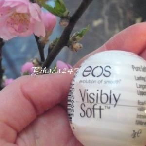 EOS Lip Balm 卵型が可愛すぎるリップバーム