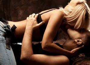 【強い女VS弱い女】恋愛で勝利するのはいつも弱い女