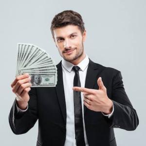 女を釣るお金と女を飼うお金