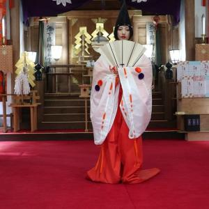 本日は義經神社崇敬大祭が行われます