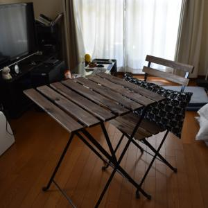 イケアのガーデンテーブルとチェア