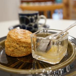 大井町カフェ:FLORA COFFEE| 塩&はちみつ&バター!全粒粉のスコーン、マキアート