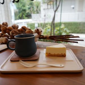 武蔵小杉カフェ:おやつ研究所|ベイクドレアチーズケーキ、おやつ研究所ブレンド