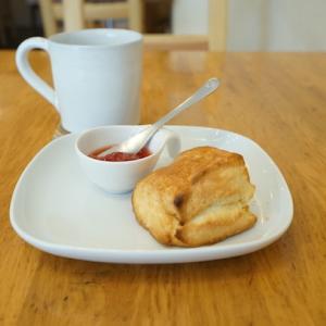 四ツ谷カフェ:TORANOKO ROASTED COFFEE&SWEETS|スコーンとエチオピア