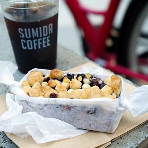 【テイクアウト】錦糸町カフェ:すみだ珈琲 ブルーベリーバックル&アイスコーヒー