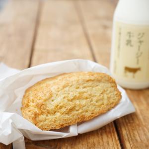 瑞江カフェ:farm+(ファームプラス)|プレーンスコーン&うしおじさんのジャージー牛乳