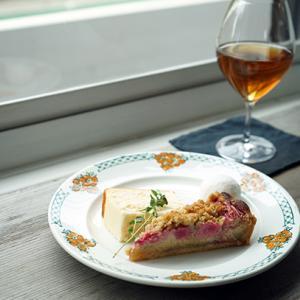 鎌倉「TOROkko」。焼き菓子×ナチュールワインに魅せられて