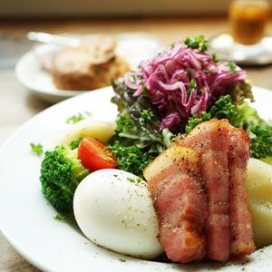 目黒カフェ:wellk|全粒粉のスコーン&リヨン風サラダ