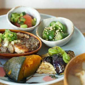 吉祥寺カフェ:栄久|土鍋で炊いた朝ごはん(とうもろこし入り豆腐ハンバーグ まいたけあんかけ)