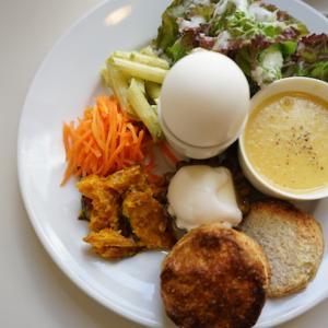 神戸カフェ:cafe Licht カフェリヒト|モーニングA(スコーン・コーンクリームスープ)