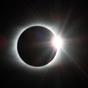 【今日は夏至、新月、日食という新しいスタートに最適な日♡】