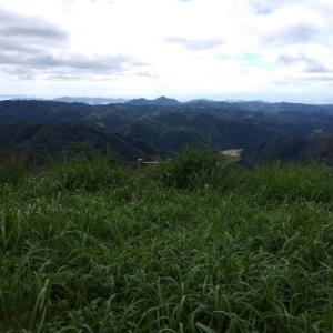 千石岳山頂