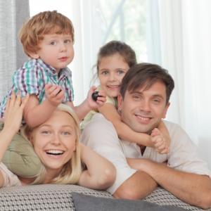 こんなにいるの!?4人家族の場合年間で最低190万円貯蓄が必要という衝撃