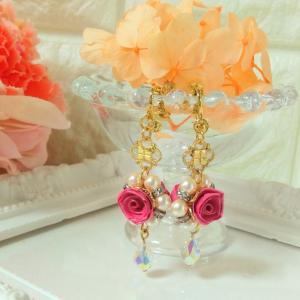 ロザフィレッスン☆中級Fコース、ムーンローズのイヤリングは華やかでかわいい♡