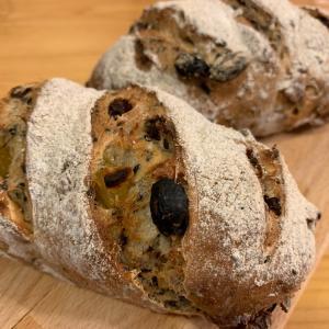 試作パン…。