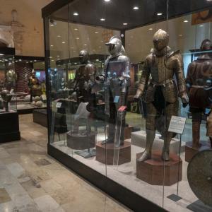マルタ 軍事博物館で鎧と兵器を見る