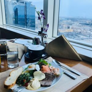 駐在の終わりと始まりは同じ場所で〜お気に入りのホテル朝食〜