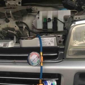 エアコン コンプレッサーオイル 補充