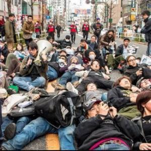 【悲報】一部の活動家が狂暴なことをするから、権利として認められた国民活動が、ドン引きされる。
