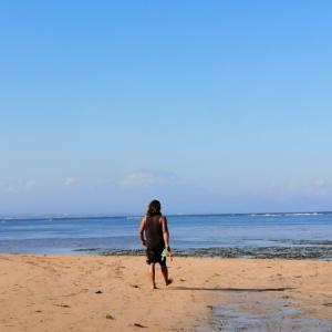 サヌールのビーチに行ったあとクタにも