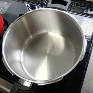 主人が磨いてくれた圧力鍋