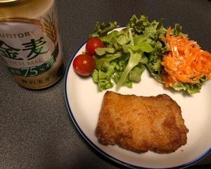 セブンイレブンの揚げ鶏で晩酌