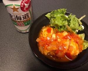鶏むね肉のトマト煮込みで晩酌