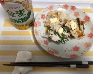 ちょこちょこつまんで〆はいつもの袋麺