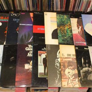 ◆引き続き~新着◆ジャズのLPレコード20枚ぐらいー!を店頭に追加いたしました。